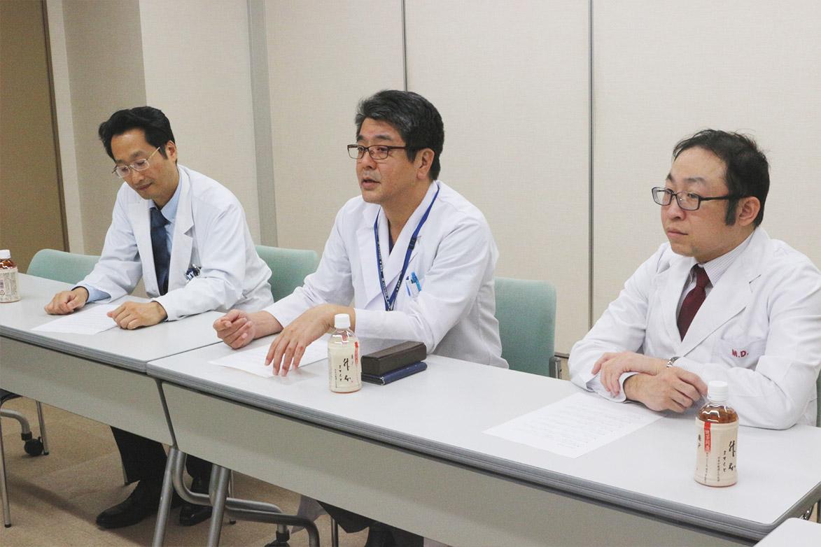 左から吉田先生、遠藤先生、三枝先生